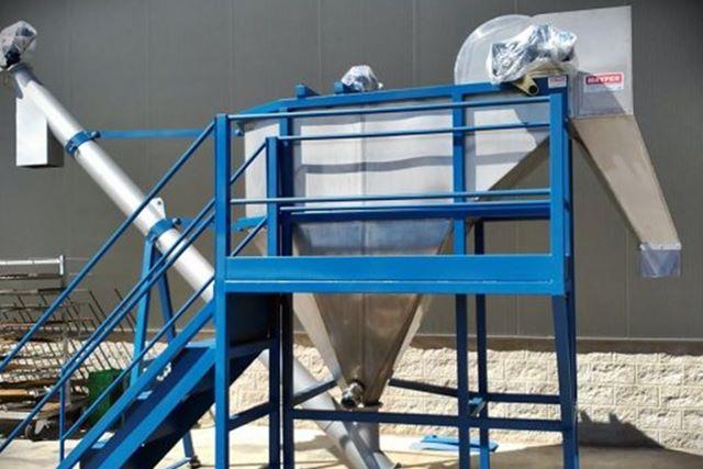 Módulo de lavado y densado de plástico. Robusta y eficaz para lavar y densar plástico, metal y otros materiales.