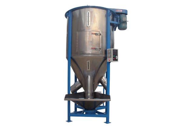 Silo mezclador/secador. Idóneo para el almacenaje, homogenización y/o secado de materiales tales como plástico, metal, madera y neumáticos.